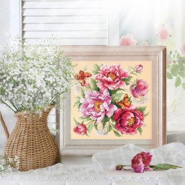 Flower Magic: Peonies / Virágvarázslat: bazsarózsák
